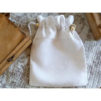 MARGAUX: pochon blanc dentelle