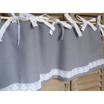 Cantonnière en coton gris et linge ancien, dentelle-Mme NP