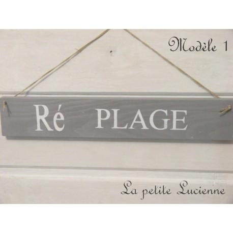 Pancarte Ile de Ré en bois peint gris