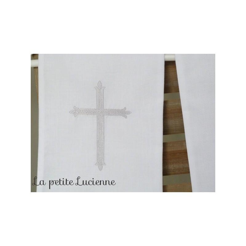 16c5e7bea8e étole de baptême avec croix brodée  Baptême blanc pas cher  Echarpe ...
