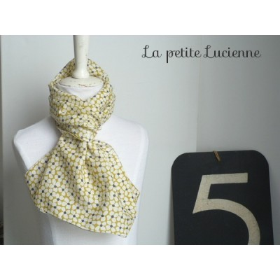 Foulard en liberty moutarde Cressonette