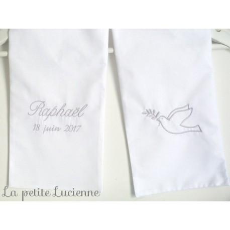 choisir le plus récent Braderie Nouveaux produits Echarpe blanche de baptême pour bébé