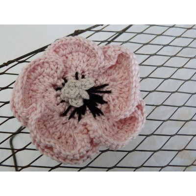 Broche crochet rose