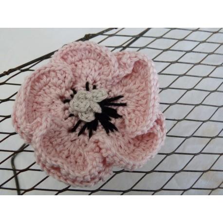 Broche crochet rose