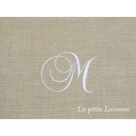Lot 55: Monogramme M