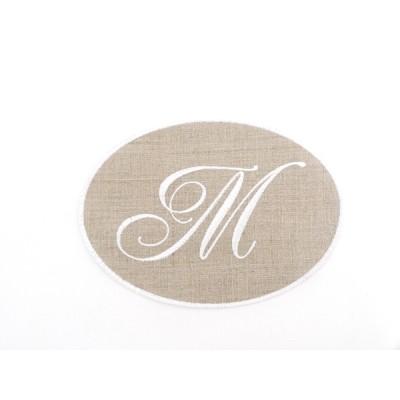 Lot 33: Monogramme M