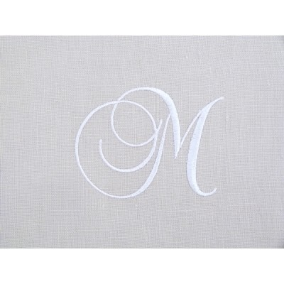 Lot 34: Monogramme M