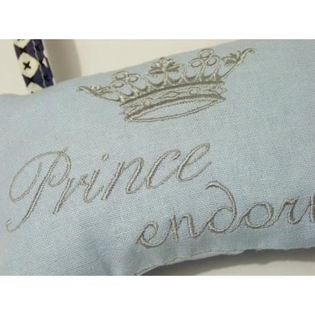 Prince et princesse endormie: coussin de porte en liberty et lin