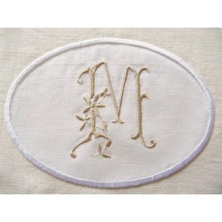 Monogramme Lucienne, monogramme médaillon